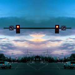 utb (Symic) Tags: street blue red sky house car paint glow dusk william sugar stop stoplight float andres olsenrodriguez {vision}:{outdoor}=099 {vision}:{mountain}=063 {vision}:{clouds}=0819 {vision}:{car}=0649 {vision}:{sky}=0915