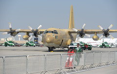 Lockheed C-130H Hercules (Boushh_TFA) Tags: bahrain nikon force air royal airshow international saudi nikkor lockheed base f28 hercules 70200mm 2014 sakhir d600 1630 rsaf   c130h vrii   obkh