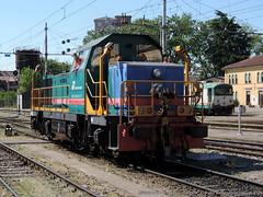 D146-2002 (Simone Menegari) Tags: train diesel traction rail stazione treno fs lavoro cremona ferrovia locomotiva locomotore d146