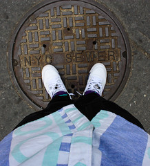 nyc-106.jpg (jabarionthalens) Tags: new york city harlem retro sewer grape 5s