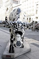 Caw Parade Madrid (ipomar47) Tags: madrid espaa caw spain pentax parade desfile vaca exposicin rebao k20d