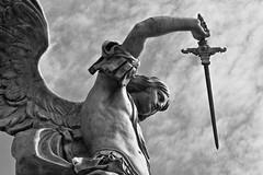 Roma (rivale67) Tags: sky italy rome roma blancoynegro monument statue architecture angel canon eos blackwhite reflex arquitectura italia arte antique monumento portait details esculturas bn antica escultura estatuas imagine historical sculture dettagli angelo estatua statua ritratti ritratto detalles architettura hdr antiguo castelsantangelo storico scultura antiguedades immagine historique dettaglio histrico immagini historico antigedades immage 700d rivale67 inmajenes inmajen