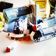 #BADMACINTOSH #MEANTANK MR WRAGH (paper craft) (Jerry May [ Mr Wragh ]) Tags: paper macintosh toys war tank mr bad craft plush adobe mean illustrator tanque dsng wragh jerrymaydsng