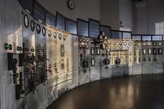 Sala de control (alfrelopez) Tags: control vieja sala museo ponferrada relojes energía factoría