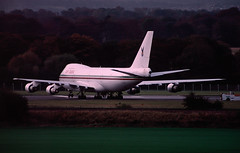 Gambian Queen (Al Henderson) Tags: edinburgh aviation air meeting heads gambia government 100 boeing commonwealth 747 airliners turnhouse chogm dabia c5fbs
