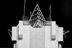 The Lake Placid Tower, 461 US Highway 27 N,  Lake Placid, U.S.A. / Architect: A. Wyatt Howell / Completed: 1960 (Lago Tanganyika) Tags: urban usa architecture cityscape florida lakeplacid blacksky sunshinestate lakeplacidtower highlandscounty nikond90 jorgemolina awyatthowell 461ushighway27n concreteblockstructure