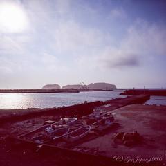 20160319-17 (GenJapan1986) Tags: 2016 fujifilmgf670wprofessional         film  island japan tokyo  sea pacificocean landscape niijima fujifilmprovia400x