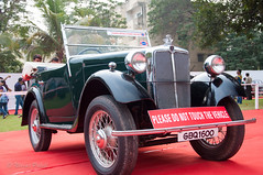 Morris Minor.jpg (NP Photo2010) Tags: india cars colors vintage iso200 nikon morrisminor shape classiccars gujarat 1927 vadodara 2015 d90 manualexposure westernindia 1801050mmf3556