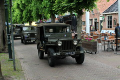 1950 Willys Jeep (Davydutchy) Tags: netherlands truck army ride military may nederland hobby voiture lorry vehicle frise rit heer convoy paysbas friesland armee leger niederlande militr reenacting lkw 2016 frysln militair frisia rondrit langweer tocht langwar kolonne poidslourd legervoertuig legergroen