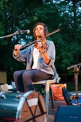 Duo Abela-Vidal, trad Occitan (lyli12) Tags: france festival nikon toulouse trad bal artiste musicien violon hautegaronne midipyrnes violoniste baltrad mjcpontdesdemoiselles printempsduforro