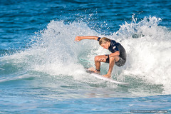 Crouch - Tallow Beach Surfers (sbyrnedotcom) Tags: blue sea beach sports surf waves action australia surfing nsw surfers tamron byronbay tallowbeach