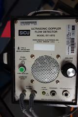Ultrasonic 02786 (Omar Omar) Tags: california usa hospital la losangeles medical hollywood healthcare californie hollywoodca hollywoodcalifornia hpital usofa losangelesca losngeles rx100 salubridad salubrit losngelescalifornia dscrx100 sonydscrx100 cybershotrx100 hospitalgringo salubridadgringa usonianhealthcare salubridadestaudonidense ultrasonicdopplerflowdetector