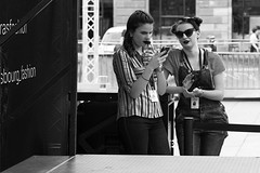 Stripes and girlfriends... (Periades) Tags: street bw girl glasses blackwhite noiretblanc streetphotography nb lunettes fille pourpre steethuman
