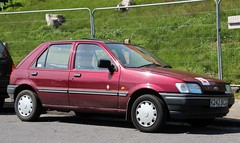 K242 BCG (2) (Nivek.Old.Gold) Tags: ford fiesta 11 1993 concept meridian 5door