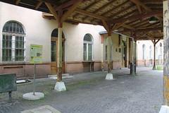 20160611 0146 (szogun000) Tags: old railroad building station architecture canon poland polska rail railway pkp lowersilesia dolnolskie dolnylsk canoneos550d canonefs18135mmf3556is jedlinazdrj d29285 d29286