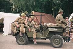 Victory (the.photo.joe) Tags: digital film 35mm argus canon nikon leica war worldwar2 great central railway jeep sten train 1940s kodak