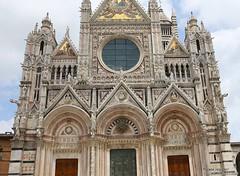 20160629_siena_duomo_cathedral_999962 (isogood) Tags: italy church catholic cathedral roman religion gothic christian tuscany siena duomo renaissance barroco santamariaassunta assumptionofmary