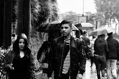 Encore un jour de pluie... (LACPIXEL) Tags: street people urban blackandwhite paris france blancoynegro rain outside town calle lluvia nikon flickr gente noiretblanc pluie ciudad sidewalk urbano capitale fx rue extrieur personnes ville gens trottoir urbain acera d4s nikonfrance lacpixel