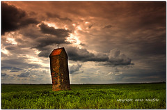 (tozofoto) Tags: travel sky travelling colors field clouds canon landscape lights hungary shadows cross mai agriculture springtime architectur tozofoto