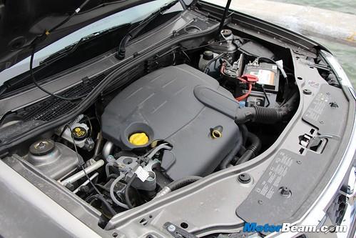 2013-Nissan-Terrano-12