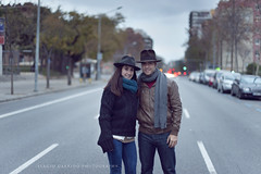 Ely & Crisis (yeryi) Tags: barcelona street 2 two portrait hat 50mm calle nikon couple eli dof pareja bokeh retrato 14 bcn hats ely sombrero fx crisis sombreros d700