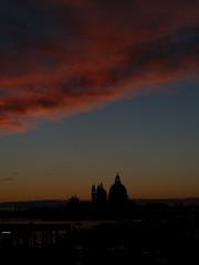 (Liseo) Tags: sky cloud night december salute ciel nuage soir venise venezia decembre 2013