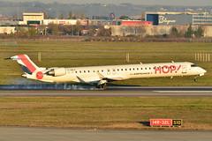Canadair/Bombardier CRJ-1000 Hop! (HOP) F-HMLA - MSN 19004 (Luccio.errera) Tags: msn hop tls bombardier canadair 19004 crj1000 fhmla
