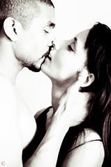 Elo&Ted_SD-13 (Au Fil Des Caprices (photographer & model)) Tags: white black portraits couple teddy femme nb amour highkey elodie brune brun barbe tendresse charme baiser sentiments mtisse sensualit cheveuxlongs yeuxmarrons