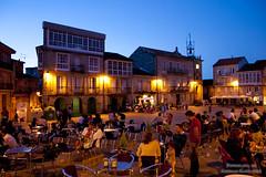 200808_01790_Plaza Mayor_Ribadavia (Gonzalo Sanmartn Fidalgo) Tags: galicia plazamayor goldenhour ourense ribadavia oribeiro horamgica horaazul