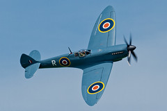 Supermarine Spitfire PRXI - 3 (NickJ 1972) Tags: show aviation air country airshow r spitfire abingdon xi 2014 supermarine airday pr11 prxi gmkxi pl965
