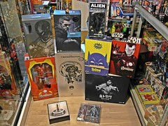 Recent Arrivals – Hot Toys and more – As at 13 May 2014 (My Toy Museum) Tags: 2 hot turn table toy toys stand action mark room bruce main alien 7 ironman 1966 tony lee batman mandarin terminator stark avengers mkii endo neca endoskeleton mkvii