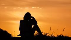 (Davidkb) Tags: boy sunset espaa woman silhouette contrast de atardecer kid mujer nikon silhouettes galicia contraste motherhood nio isla siluetas pontevedra arosa illa d300 arousa figura maternidad