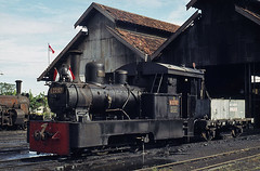 Appearances can be deceptive (Bingley Hall) Tags: railroad train indonesia java asia flag transport engine rail railway transportation locomotive hartmann oilburner tegal locoshed 042t locodepot skirttank