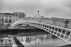 DSC_0166 (bertu89) Tags: bridge blackandwhite bw dublin water landscape photography photo nikon ponte paesaggio dublino irlanda 18105 2015 d5000 bertu89