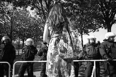 Flower Tower (R.O.Y.G.B.I.V.) Tags: flower berlin germany deutschland protest eu reichstag kodaktrix polizei flowerpower antifa leicam3 leicasuperangulon21mmf34 refugeecrisis pegida