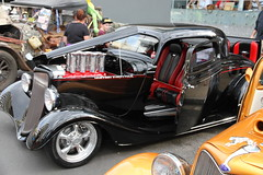 Street Rides (*SIN CITY*) Tags: hot ford car truck buick fb oz transport machine chevy american cube qld queensland hotrod rod valiant mean motor ek aussie impala fc lowrider 32 34 hotrods streetrod holden supercharger chev 351 cooly custompaint meanmachine coolyrockson