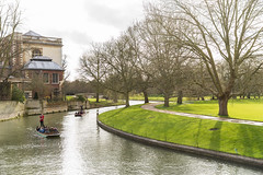 River Cam. (bgfotologue) Tags: uk travel cambridge england campus landscape photography photo university image britain cherryblossom sakura imaging kingscollege   newton emmanuelcollege isaacnewton stephenhawking queenscollege rivercam   2016 mathematicalbridge  bgphoto     unitedkindom  newnhamcollege 500px   tumblr    ukcambridge bellphoto
