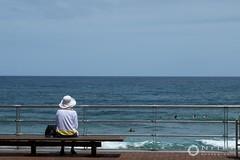 ella y el mar (nrfer) Tags: mar canarias fujifilm x20