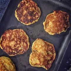 Paleo pancakes for breakfast before we enjoy the sunshine at the zoo. #kidsdayout #instakc #cleaneats #organic #vegetarian #healthyrecipes #recipes #health #food #instafood #wholefoods #wellness #healthylifestyle #cheflife #designerkitchen #kitchen #homec (Yosef Silver - This American Bite) Tags: food cooking recipes foodie instagram thisamericanbite