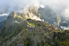 MorningFogBurnOff Machu Picchu (kenneth_hawthorn) Tags: machu picchu fog
