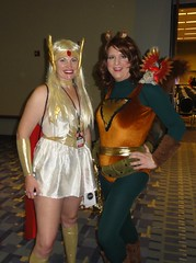 She-Ra and Squirrel Girl (rgaines) Tags: phoenix drag costume cosplay shera crossplay squirrelgirl awesomecon phoenixforce unbeatablesquirrelgirl awesomecon2016