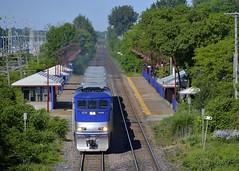 AMT 50 (Michael Berry Railfan) Tags: train quebec montreal canadianpacific cp commutertrain amt pointeclaire passengertrain emd gmd cedarpark f59phi agencemtropolitainedetransport amt50 amt1328 vaudreuilsub