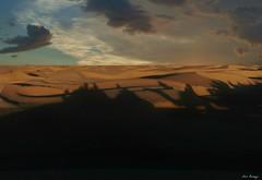 Caravana de Sombras - Sahara (Luis Bermejo Espin) Tags: africa travel sahara desierto tuareg aventura saharauis bereber magreb arabes desiertos beduinos vidaeneldesierto desiertodelsahara luisbermejoespn aventuraeneldesierto desiertosdelmundo aventuraenelsahara