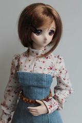 Dress with blouse (Ninotpetrificat) Tags: cute fashion toys doll dress handmade blouse denim dd dollfie recycling yukino mode puppe mueca vaquero dollfiedream japantoy japandoll yukino2ndver