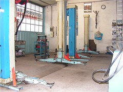 "officina_03 • <a style=""font-size:0.8em;"" href=""http://www.flickr.com/photos/143934115@N07/27591600632/"" target=""_blank"">View on Flickr</a>"