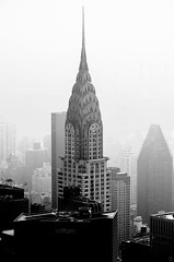 Foggy, B&W, Chrysler building, Mid town, Views from the Empire State building, Observation deck, New York (Fco. Javier Cid) Tags: foggy bw chryslerbuilding midtown viewsfromtheempirestatebuilding observationdeck newyork