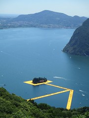 Floating Piers 6 (Claude Marco) Tags: summer italy lake art water lago agua crowd landart christo iseo montisola floatingpiers