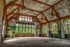 Art of decay (chrocoflo) Tags: sony alpha emount a7 ilce7 ilce7m2 lost places abandoned beelitz heilsttten germany europe manual sigma superwide 24mm vintage decay hdr