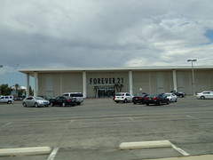 Forever 21 Bakersfield, CA (COOLCAT433) Tags: ca plaza that was store 21 sold valley 1967 forever department bakersfield opened gottschalks brocks