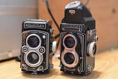 My battered Rolleiflexes. (ⓁⒶⓂⓁⓊⓍ) Tags: rolleiflex parts gear rolleiflex35t rolleiflexautomatk4a shotwithnikond6005014afd